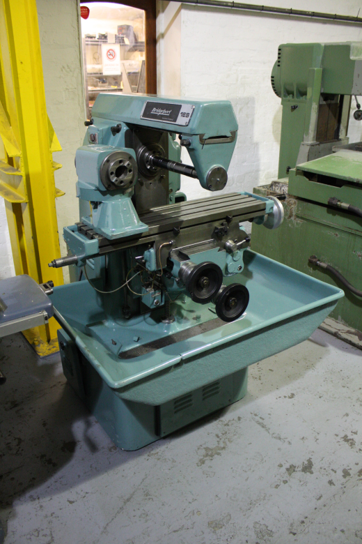 Bridgeport 1es Horizontal Milling Machine For Sale