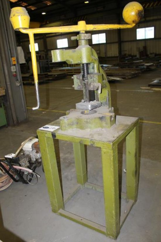 SWEENEY FLY PRESS for sale : Machinery-Locator.com