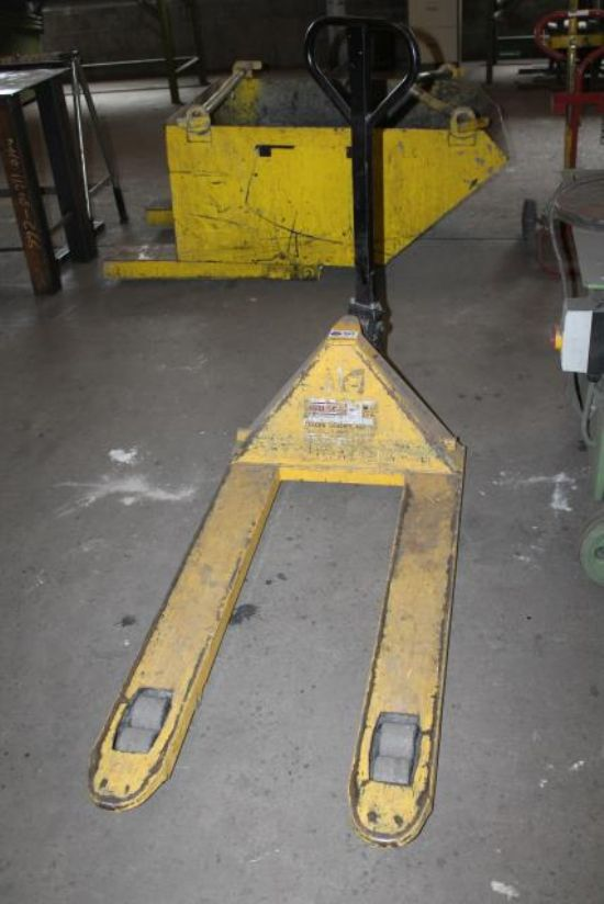 HYSTER PALLET TRUCK for sale : Machinery-Locator.com