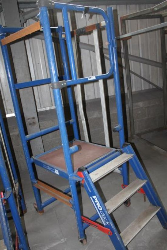 PRO-DECK MOBILE PODIUM - NO BASE for sale : Machinery ...