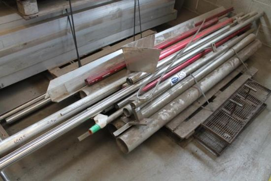 PALLET OF STAINLESS STEEL PIPING & HANDRAIL for sale ...