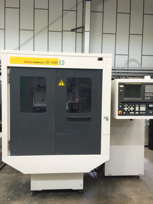 Fanuc Alpha 0B for sale : Machinery-Locator.com