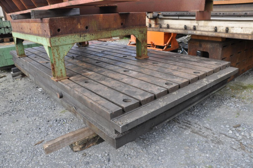 T-slot table 4000 x 2000 mm  Thickness: 350 mm Length: 4000 mm Large: 2000 mm Weight: 7 ton Wi