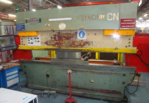 Radial drilling machine Soraluce Tr1-1250 Arm length: 1250 mm Hydraulic lock Drilling capacity: 65 m