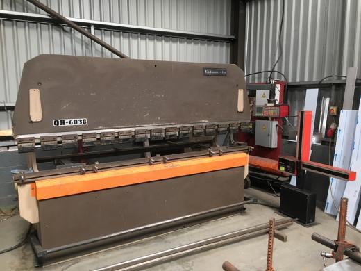 Manufacturer: ADIRA Model: QH6030 [Ref: 32585]