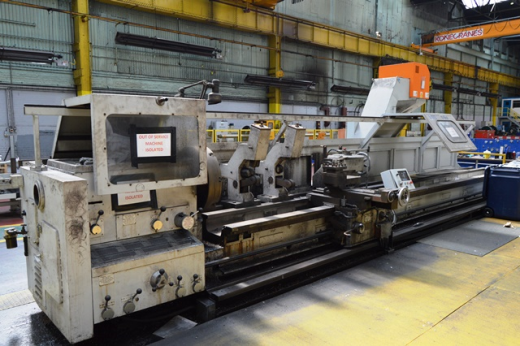 Binns & Berry Trident 707 Centre Lathe x 6000mm Serial number 61648 Year1985 Swing over bed 700mm
