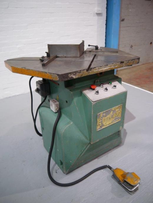 Manufacturer: COMACA Model:  [Ref: 32599]