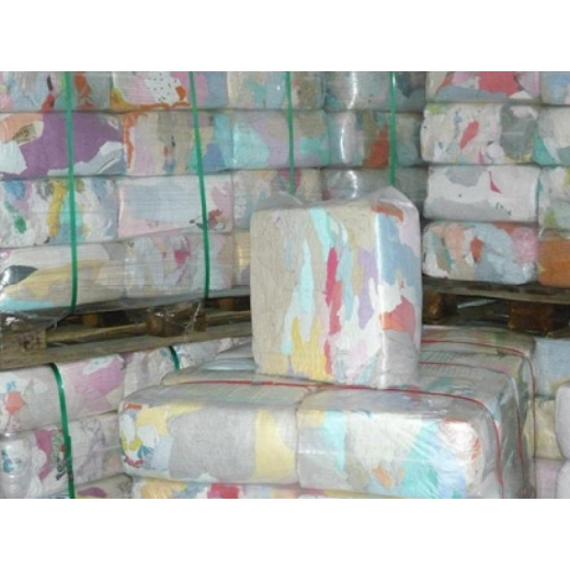 We are leading suppliers of industrial cleaning cotton wiping rags for multi purpose cleaning.   W