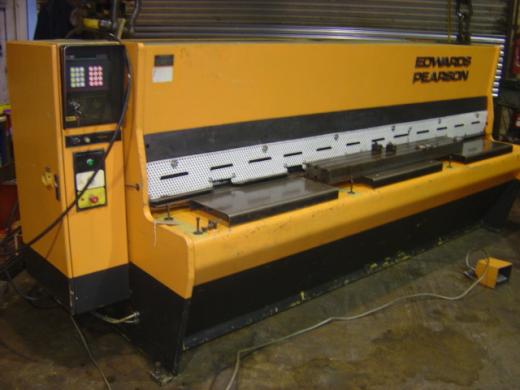 Capacity 6.5mm, Length 370mm, Motor 9kw, Swissax control, power backgauge, blade gap adjustment, var