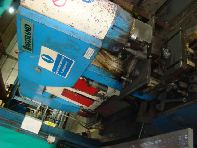 KINGSLAND 115 XS , 115 TON CAPACITY HYDRAULIC STEELWORKER . 150 X 18 MM ANGLE AT 90 , PUNCH 34 THRU