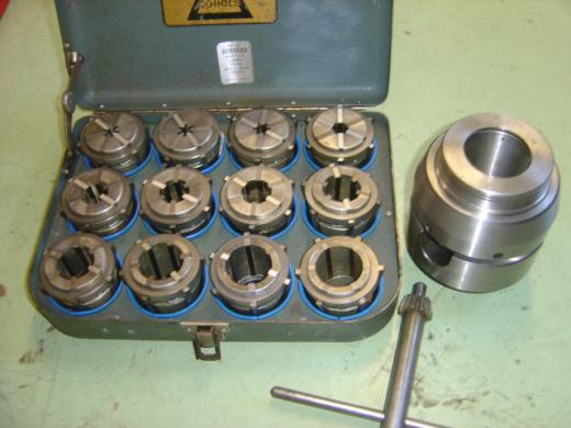 12 collets EC2 - EC13 ( 1.6mm - 38mm ), Chuck key