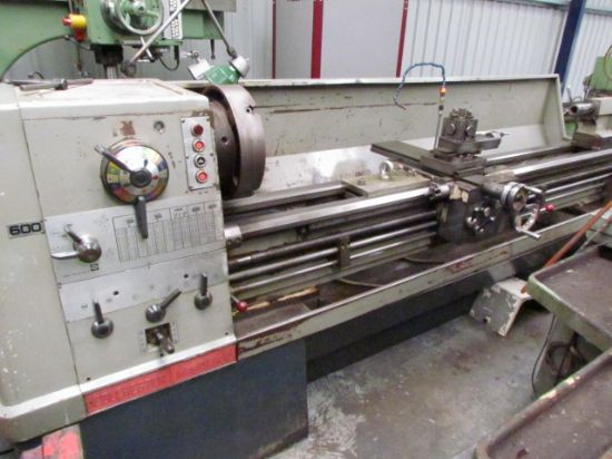 535 X 2500MM ,GAP BED 90 MM SPINDLE BORE 18-1400RPM,EQUIPMENT