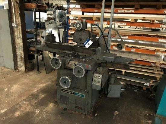 Serial Number: 109947/3005; with ELLIOT & WALKER Model 20 Magnetic Chuck Plate; Serial Number: S5423