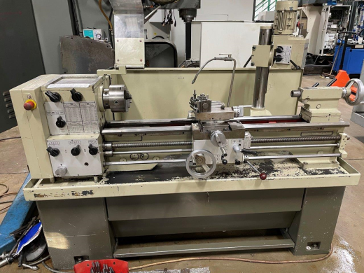 """Harrison M300 x 40"""" Gap Bed Lathe, s/n M314752, Centre height 167mm, between centres 1,000mm, Swing"""