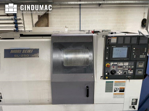 This MORI SEIKI SL-250 lathe from the year 1999 was made in Japan. It has a working record of 11900