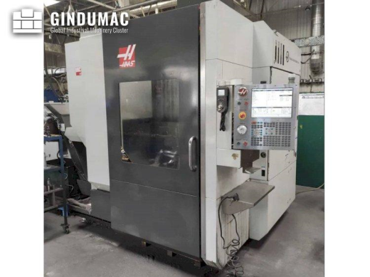 This HAAS UMC - 750 Universal Machining Center was made in 2013 in the United States. This has accum