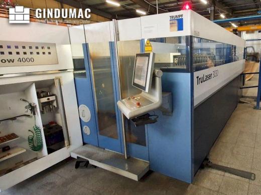This Trumpf TruLaser 3030 2D Laser Cutting Machine from 2012 was built in Switzerland. It has accumu