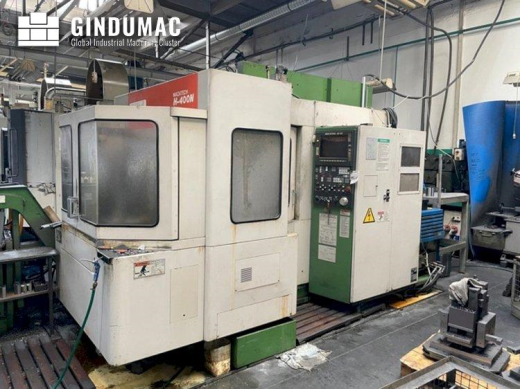 This Mazak H-400N Horizontal Machining Center from the year 1991 was manufactured in Japan. This 3 a