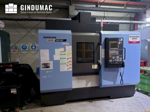 This Doosan DNM 350/5AX Universal Machining Center was manufactured in 2017 in Korea. This 5 axis ma