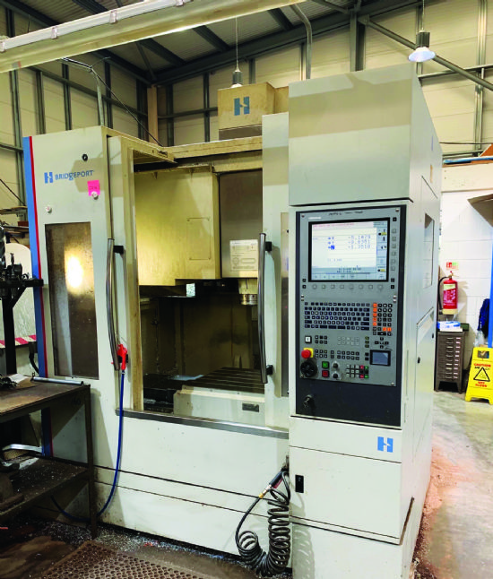 12,000RPM direct-drive spindle,  thru coolant,   4th axis probing.  YOM 2008