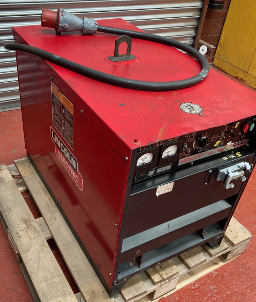 Lincoln DC 600 Amp Power Source  Can be used for a variety of applications including Submerged Arc