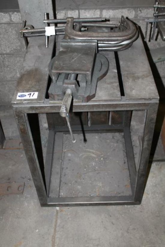Metal Bench C W Lathe Vice Amp G Clamps For Sale Machinery