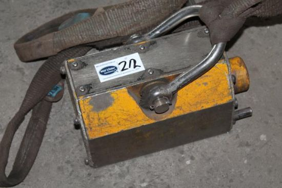 1TON LIFTING MAGNETS for sale : Machinery-Locator.com