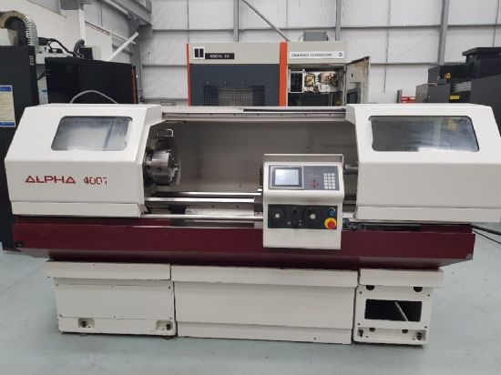 Fanuc touch screen CNC, 400mm swing, 585mm in gap, 1250mm between centres, speeds to 2500rpm, 54mm s
