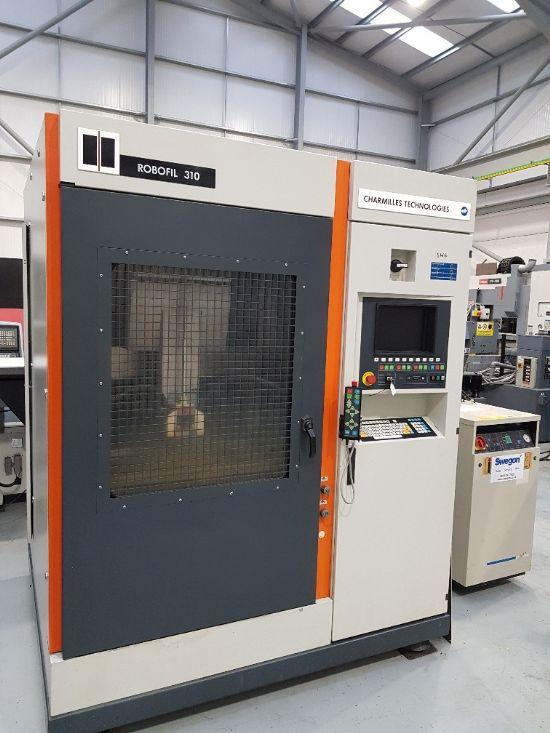 Hand control, auto wire feed, 850 x 500 x 400mm max work piece dimensions, X=400 Y=250 Z= 400mm, 30