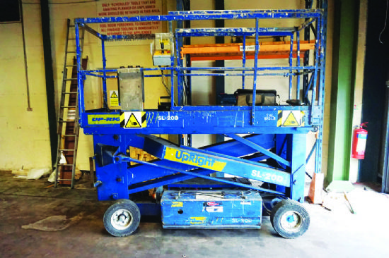 Upright SL-20D electric scissor lift for sale : Machinery
