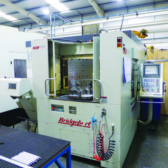 2004. 
