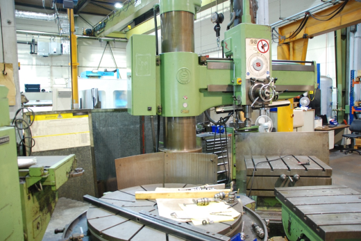 Radial Drilling M/C