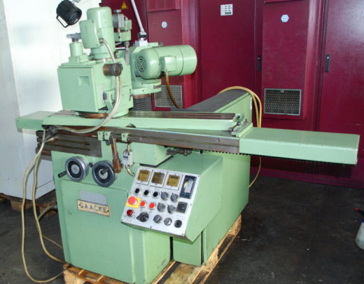 Tool and Cutter Grinder SAACKE UW IIa YoM: 1974  Technical details Schleif-Ý - max.300 mm gri