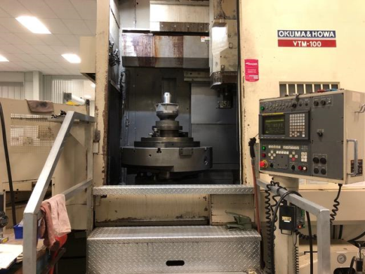 Two 36 inch chucks with pallet changer with milling and live tooling, Fanuc CNC, LESS than 1000 hour