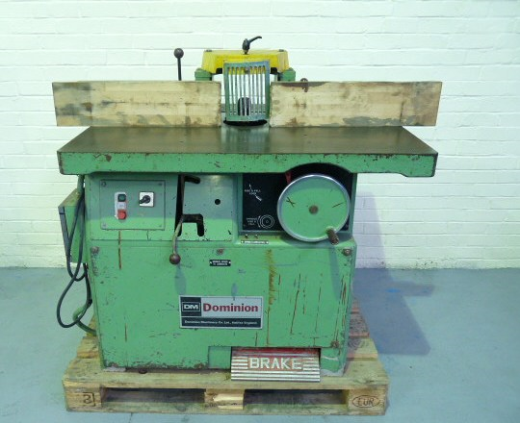 DOMINION BCB HEAVY DUTY SPINDLE MOULDER   CAPACITY 860 x 1150mm Table EQUIPMENT  FOOT BRAKE