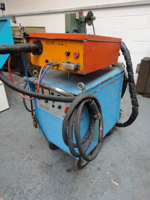 Cloos Mig Welder
