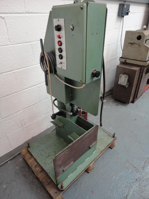 BHP Powered De-Coiler S/N 8398 #B9153 Price £675 + VAT Ex-Works