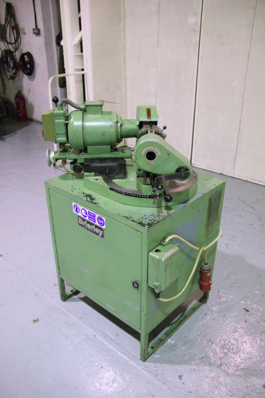 Brierley ZB 32 Drill Grinder  Capacity 32mm Cabinet Mounted 6 Jaw Chuck 100 mm Dia Range Of Cams
