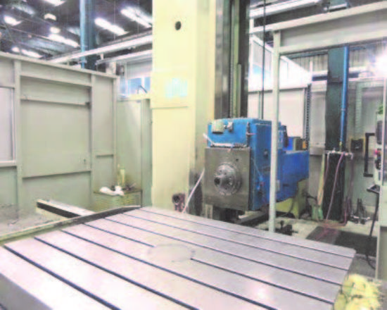 X : 2000mm, Y : 1600mm, Z : 1600mm, W (Spindle): 700mm, Rotary Table: 1220 x 1500mm, Spindle Dia: 10