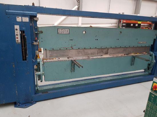 Full length tooling, top beam rise and fall 203mm, bottom beam adj 76mm, 3000 x 2mm capacity(20788)£