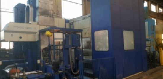 Year of manufacture 2003 Control: HEIDENHAIN iTNC 430 Spindle speed range: 2500 rpm Movement X-A