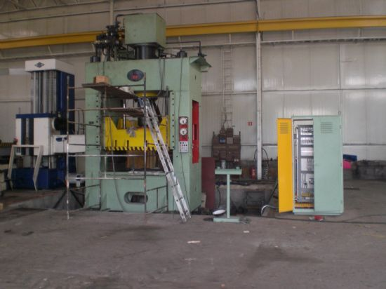 Year of manufacture: 1985 Very good condition, after general overhaul in 2013! Machine with new el