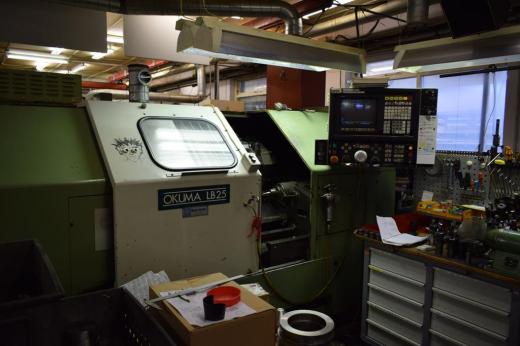 Stock No.: 3380 CNC-LATHE Manuf.: Okuma , Type: LB 25 Serial No.: 0111.0383, Build: 1989  Speci
