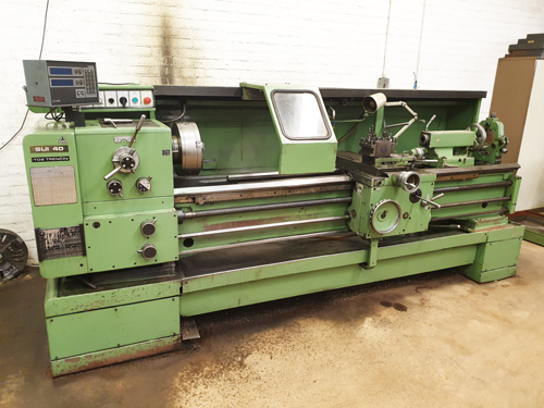 TOS SUI 40 / 2000 STRAIGHT BED CENTRE LATHE 52mm Spindle Bore : 18 Speeds 14 - 2240 rpm : Power Feed