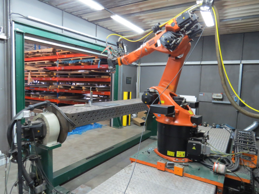 two heads in set: welding head Precitec QTYW60 and one head for hardfacing Year of production: 2006