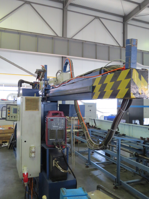 Country of Origin: France Year of production: 1997 Welder: THERMAL ARC 300S Welder power with 100