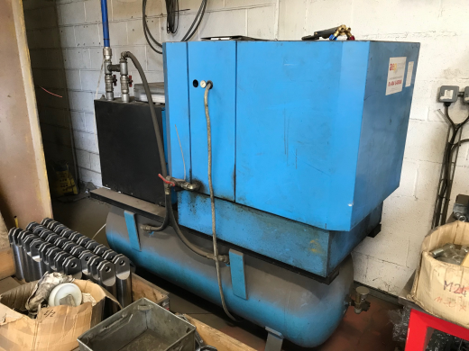 Boge Compressor,  S15 8 bar,  2004, s/n 47997, machine no. 53546, 11KW, With Boge D17, s/n 024/15983