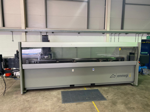 Emmegi 4 axis machine centre 