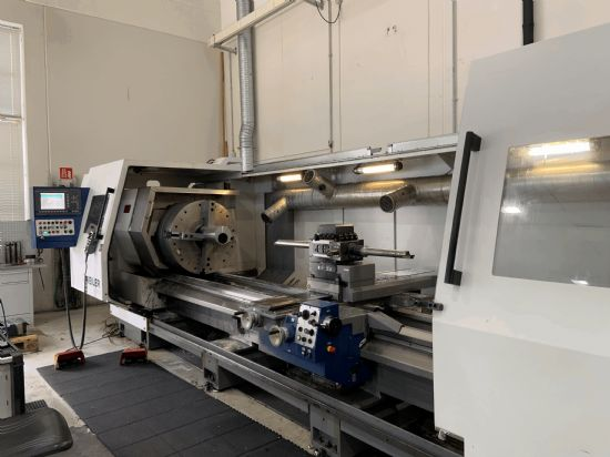 Control: Weiler D 3 Year of construction: 2011 Diameter over bed: 900 mm Between Centres: 4500 mm
