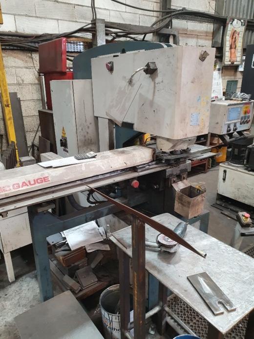 Manufacturer: DURMA Model:  [Ref: J33460]